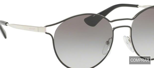 Detalle de los cristales de las gafas Prada de la colección Cinema